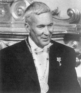 Andrej Nikolaevič Kolmogorov (* 12. April 1903 nach dem julianischen Kalenders, * 25. April 1903 nach dem gregorianischen Kalender in Tambov/Russland; † 20. Oktober 1987 in Moskau/Russland)